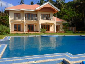 Palace beach villa with swimming pool